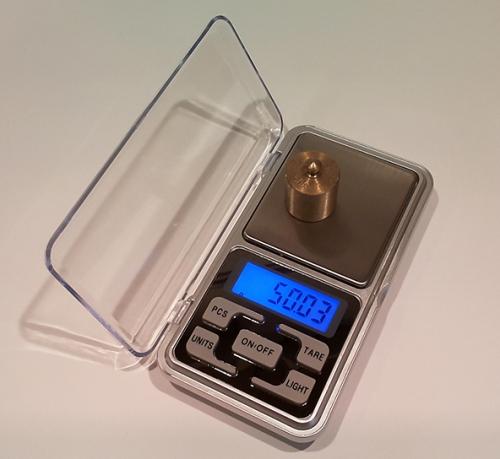 Весы лабораторные электронные до 200 грамм
